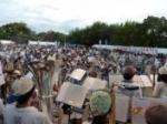交野市の夏祭りでステージ演奏!