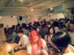 新しいお洒落なオープンカフェバーでGaitomo国際交流パーティー