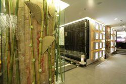 横浜港:和の風情を所々に織り交ぜた店内