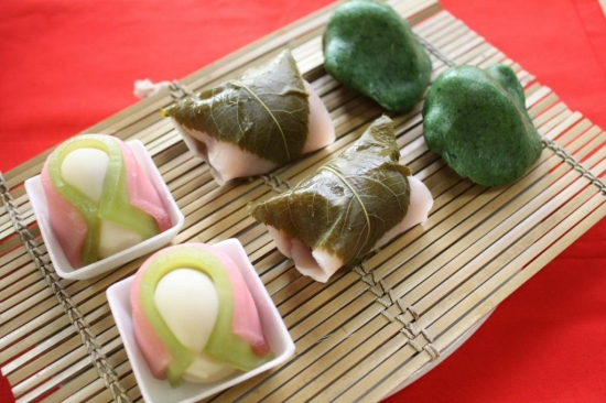 春のお菓子(さくら餅・くさ餅)