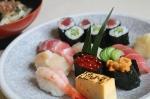船橋でお寿司が食べたくて、ランチにお邪魔しました。